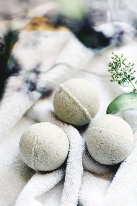 Homemade Post-Gym Bath Remedies - These DIY Bath Bombs Help You Relax and Sooth Tired Muscles