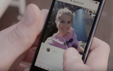 Selfie-Requesting Apps - The Shootlr App Lets Friends Share and Request Selfies of Each Other