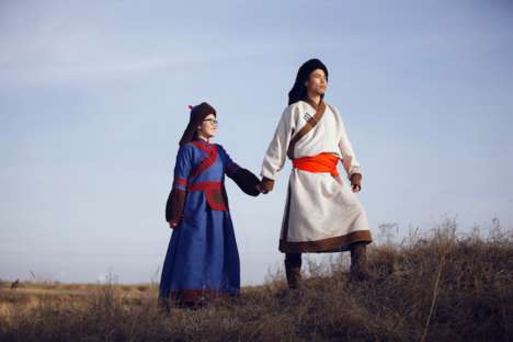 Travelling Newlywed Photography - Ji Yuting and He Tao Wear Locale's Traditional Marriage Garb