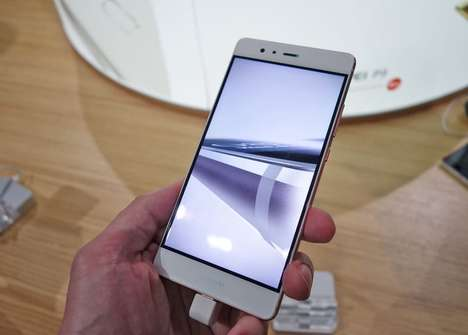 Crystal-Clear Smartphones - This Huawei Smartphone's Screen Lets You View Content With Clarity