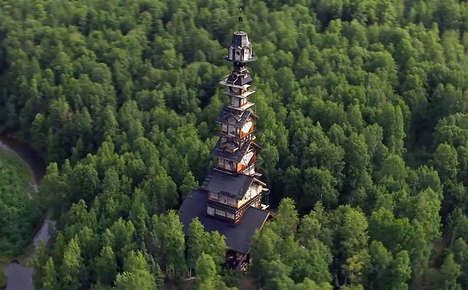 Towering Log Cabins - Phillip Weidner's Wooden Abode is an Eclectic Stacking of Different Rooms