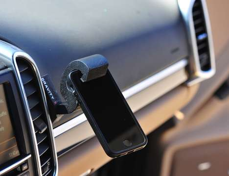 Minimalistic Phone Holders - The 'Gravity X' Phone Car Mount Uses Gravity to Keep Devices in Place