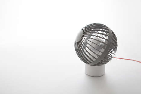 Micro USB-Powered Fans - The Miniscule O-Fan Conveniently Charges Via a Flash Drive Port