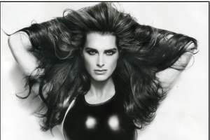Brooke Shields in Vanity Fair Italy December '08