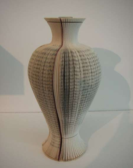 Vases issus du recyclage Livres