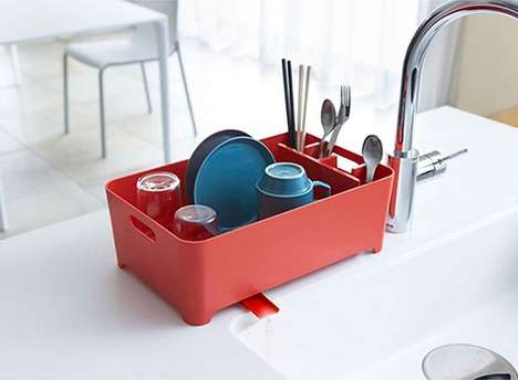 Draining Sink Baskets - The Aqua Sink Drainer is a Drying Rack that Unloads Excess Dish Water