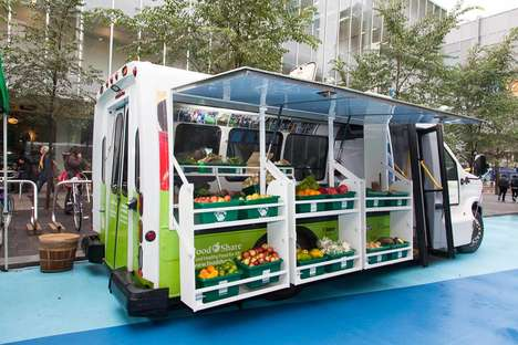 Farmers Market Food Trucks - The FoodShare Truck Provides Low-Income Families with Fresh Food