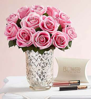 Mother's Day Gift Sets - The 1-800-Flowers Gift Set Includes a Mix of Roses and High-End Makeup