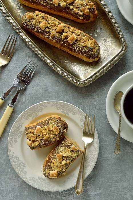 Playful Decadent Desserts - The S'more Eclairs by Domestic Gothess is Delightfully Casual