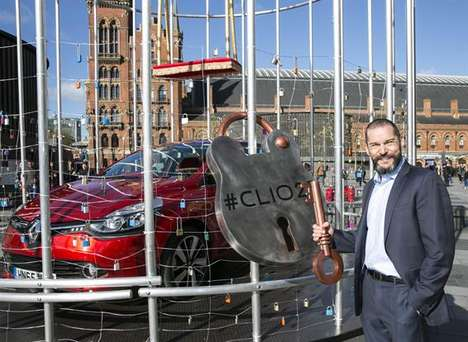 Caged Car Installations - Renault's Vehicle Installation Takes Inspiration from Parisian Love Locks