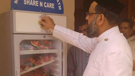 Charitable Food ATMs - This Free Food Fridge is Operated by a Local Church in West Delhi, India