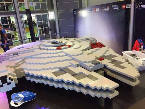 LEGO Sci-Fi Starships - The Latest LEGO Millennium Falcon Uses Extraordinarily Large Bricks