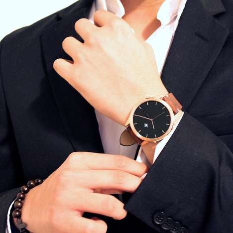 Interchangeable Smartwatches - The 'Henlen' Smart Wrist Watch Allows Users to Switch Designs Freely