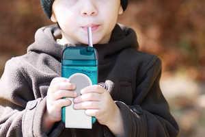 The 'Juicy' Drink Box Lets Parents Ditch Disposable Juice Boxes