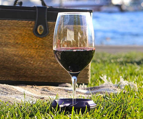 Outdoor Wine Holders - Bella D'Vine's Silicone Coasters Provide a Flat Surface For Outside Drinking