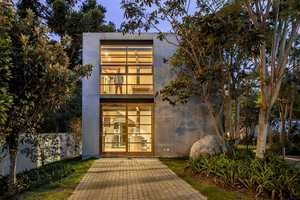 The CUBO House Looks Like a Modern Bunker