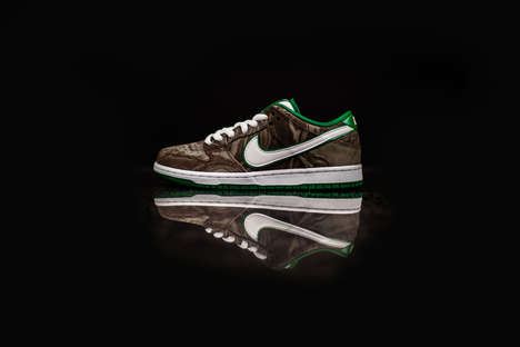 Coffee-Inspired Skater Shoes - These Nike Starbucks Shoes are Patterned Using Rich Swirls of Coffee