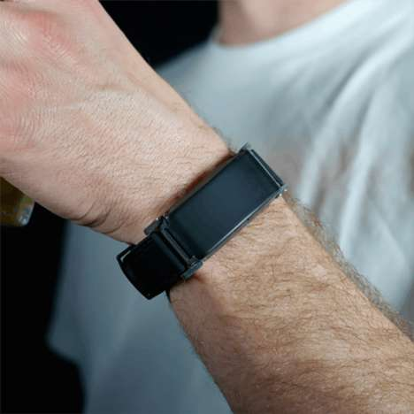 Sobriety-Sensing Bracelets - The BACtrack 'Skyn' Tracks Your BAC Level as You Enjoy Libations