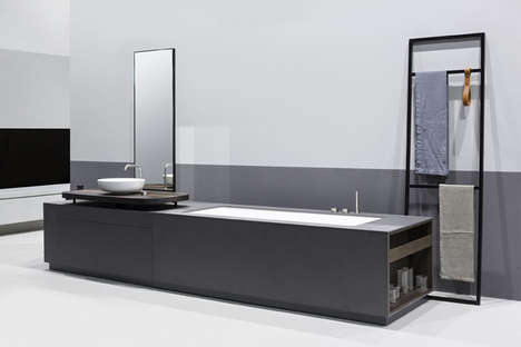 Sink-Integrated Bathtubs - The MANHATTAN Tub Combines Two Bathroom Appliances into One