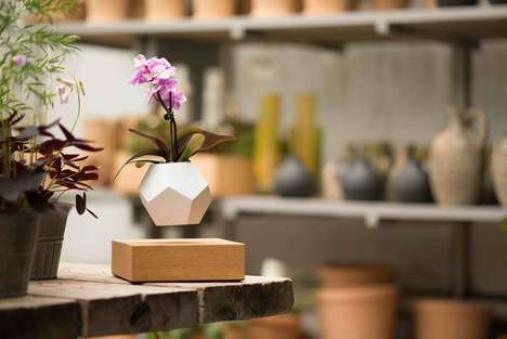 Levitating Magnetic Planters - The Designers of FLYTE Light Bulbs Created a Look of Floating Plants