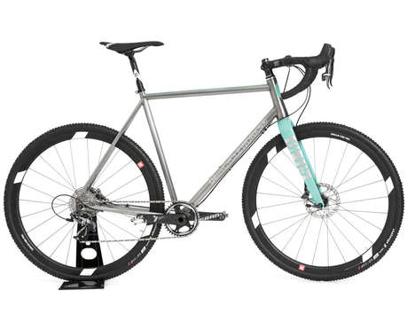 Stylish Cyclocross Bicycles - The Deus Stralusc Cycle is Designed for Casual Road Biking and Racing