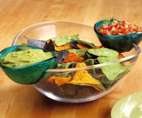 Detachable Dip Bowls - The Chips n' Dips Dishware Set Joins the Bowls for Easy Snacking