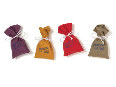 Organic Catnip Satchels - West Paw Designs Specializes in Making USDA-Certified Catnip