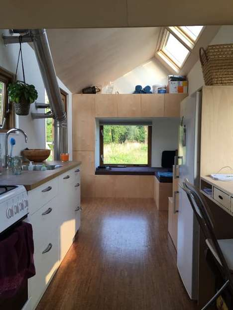 Off-Grid Tiny Homes - This Dutch Tiny Home Embraces Contemporary Design and Modern Technologies