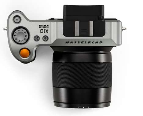 Lightweight Mirrorless Cameras