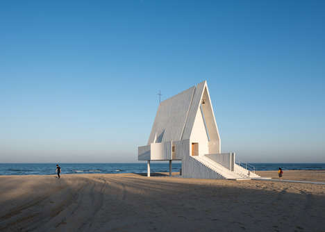 Serene Oceanside Chapels - The Design of This Beach Chapel Leaves Space for the Tide to Roll In