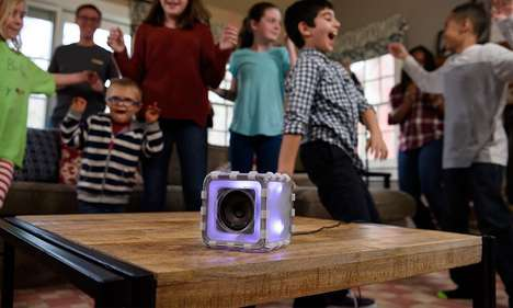 Cubic Child-Centric Speakers - The Speaker Cube Teaches Children About the Concepts Of Sound
