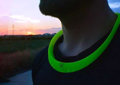 Wearable Necklace Speakers - This Wearable Speaker Lets You Enjoy Hands-Free Music and Chat