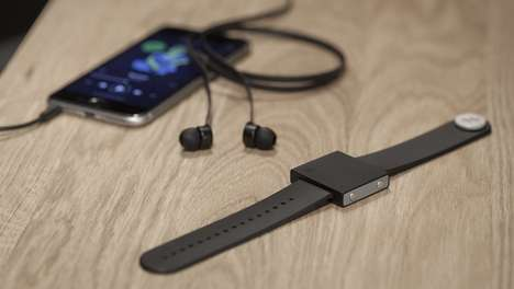 Wearable Subwoofers - The 'Basslet' Wirelessly Vibrates Along to Music on a Smartphone