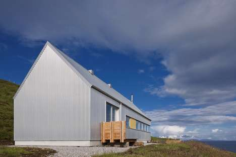Chic Rural Houses - 'Tinhouse' Celebrates Agrarian Architectural Tropes