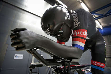 Aerodynamic Cycling Bodysuits - 3D Printing and Wind Tunnel Technology Was Used for This Bodysuit