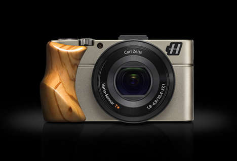 Ergonomic Wooden Cameras - The Hasselblad Stellar DSLR Camera Features a Wood Handle to Easy Holding