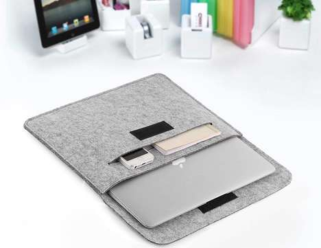 Compartmentalized Device Sleeves - OURAI's Felt Carrying Sleeve Organizes Tech Gadgets With Slots