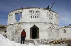 Salt Hotels - Please Do Not Lick The Walls in This Bolivian Inn Made Entirely of Salt