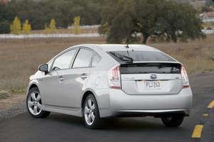 Toyota Launches 2010 Prius