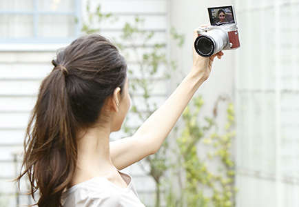 Selfie-Enhancing Cameras - Fujifim's New X-A3 Camera is Designed for Taking Better Selfies