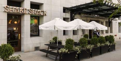 Fast Food Hotel Deliveries - Shake Shack is Now Available for Room Service in Chicago