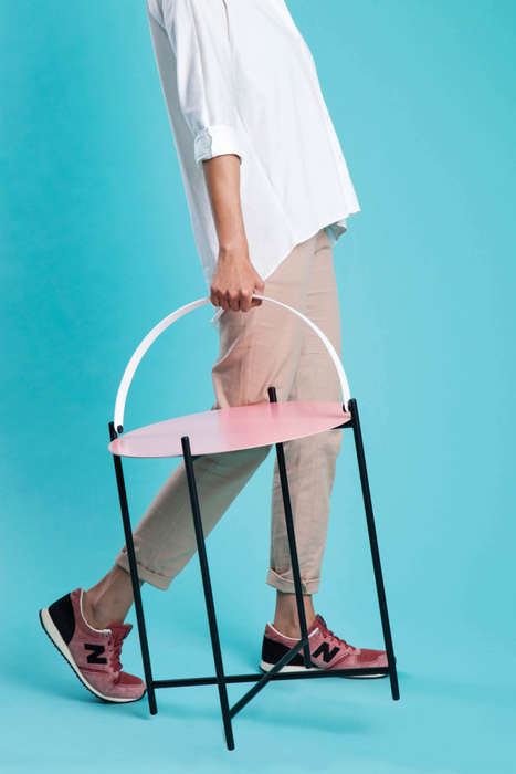 Transportable Side Tables - These Portable Tables by Roee Magdassi Include Handles for Carrying