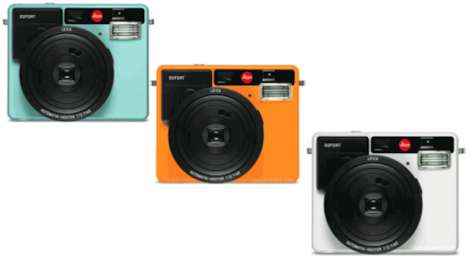 Instant Selfie Cameras - The Leica 'Sofort' Camera Merges Vintage and Modern Photo Styles
