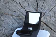 The Kula Bebe Turns Any Phone into a 3D Camera