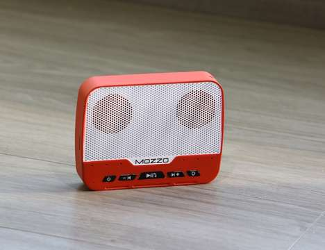 Versatile Mobile Device Speakers - The 'MOZZO' Multifunctional Device Provides Eight Different Uses