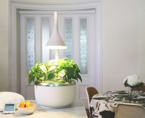 Intelligent Indoor Microgardens