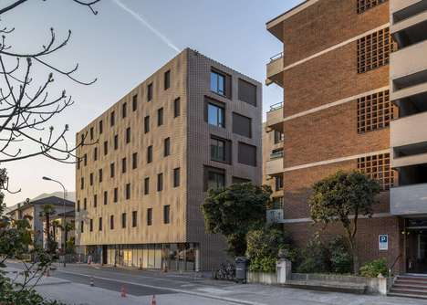 Pixellated Brick Apartments - Residenza Le Stelle's Facade Looks Pixellated in Real Life