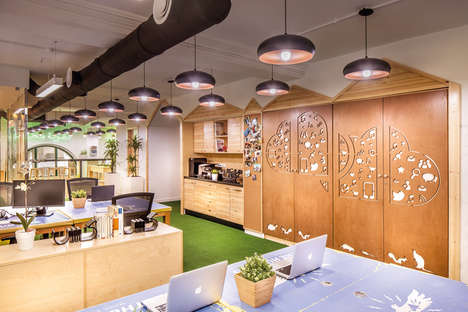 "Jungle-Themed Offices - This Office Has a Vibrant ""Into the Wild"" Theme"