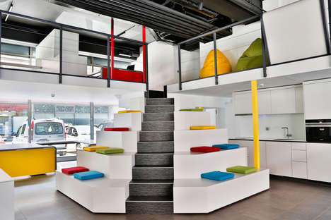 Playground Office Spaces - 'Si Start' Has a Collaborative and Playful Office Space