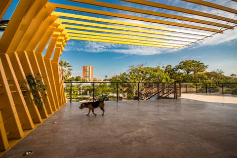 Heat-Resisting Homes - Ferrer & Zraid Arquitectos Designed an Open Home That's Safe from the Sun